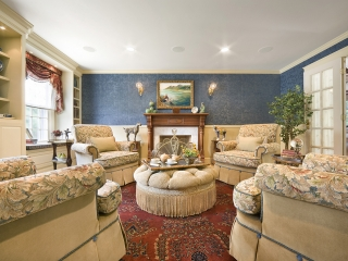Traditional English Living Room with a Twist 01
